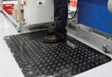 Ergonomic rubber mat